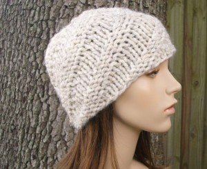 Beanie Chunky Hat Knitting Pattern Instruction Picture