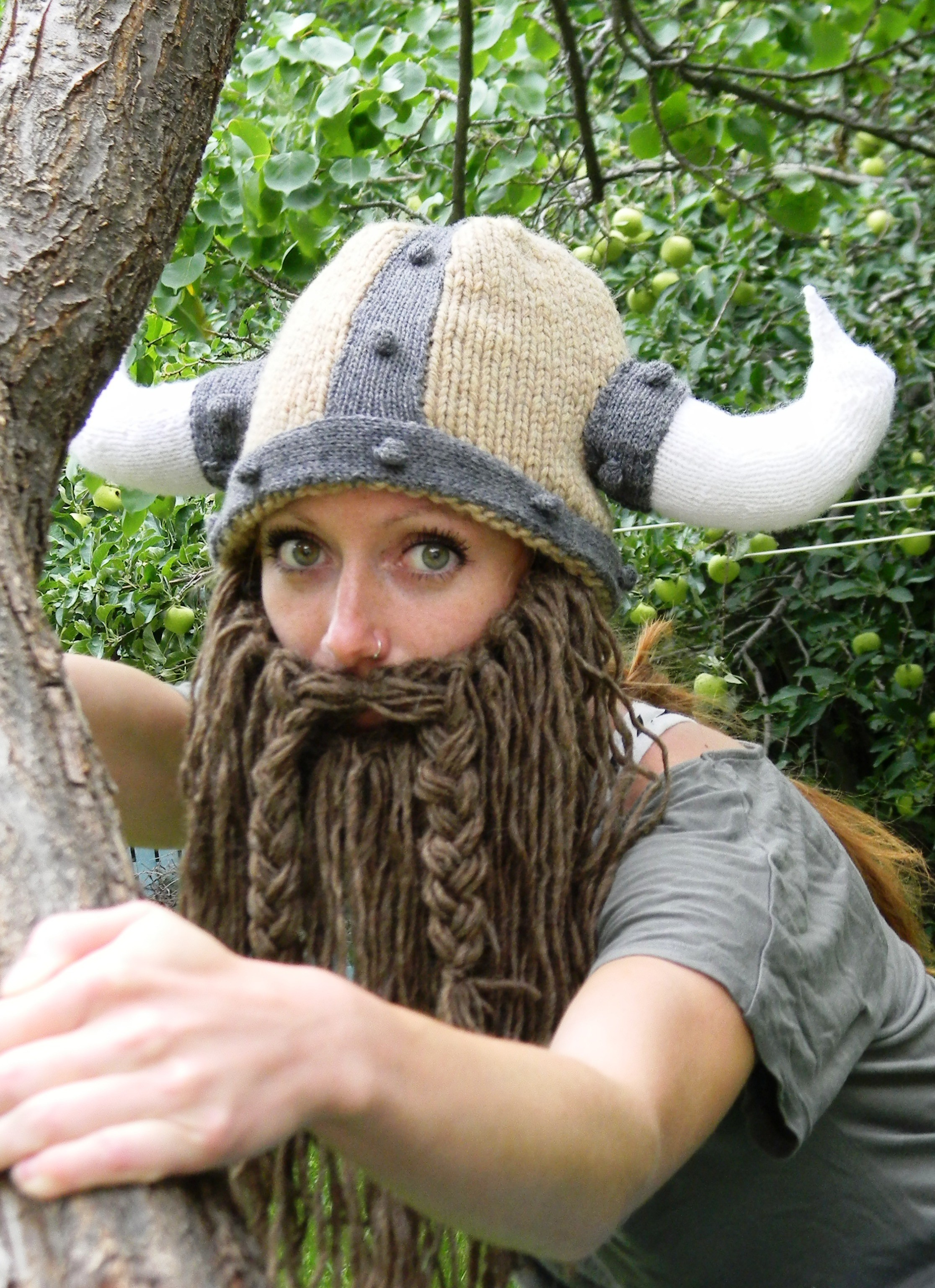 Crochet Viking Hat With Beard : Crochet Beard Beanie Pattern Free Viking hat knitting pattern