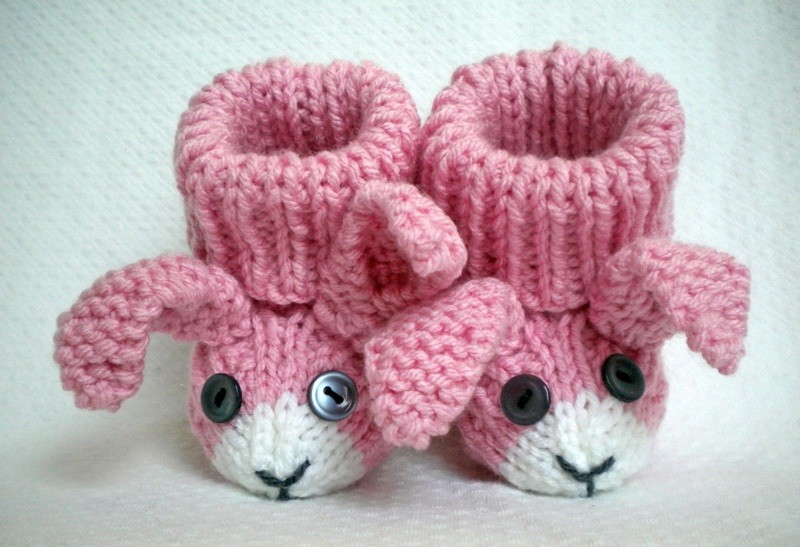 Knitting Circle Loom Patterns : Baby Bunny Booties Cake Ideas and Designs