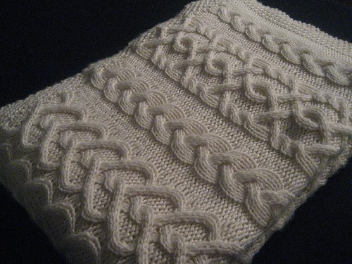 Knitting Pattern For Throw With Cables : Cable Knit Baby Blanket Patterns A Knitting Blog