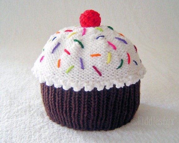 Knitting Pattern Cupcake Beanie : Knitted Cupcake Hat Pattern A Knitting Blog