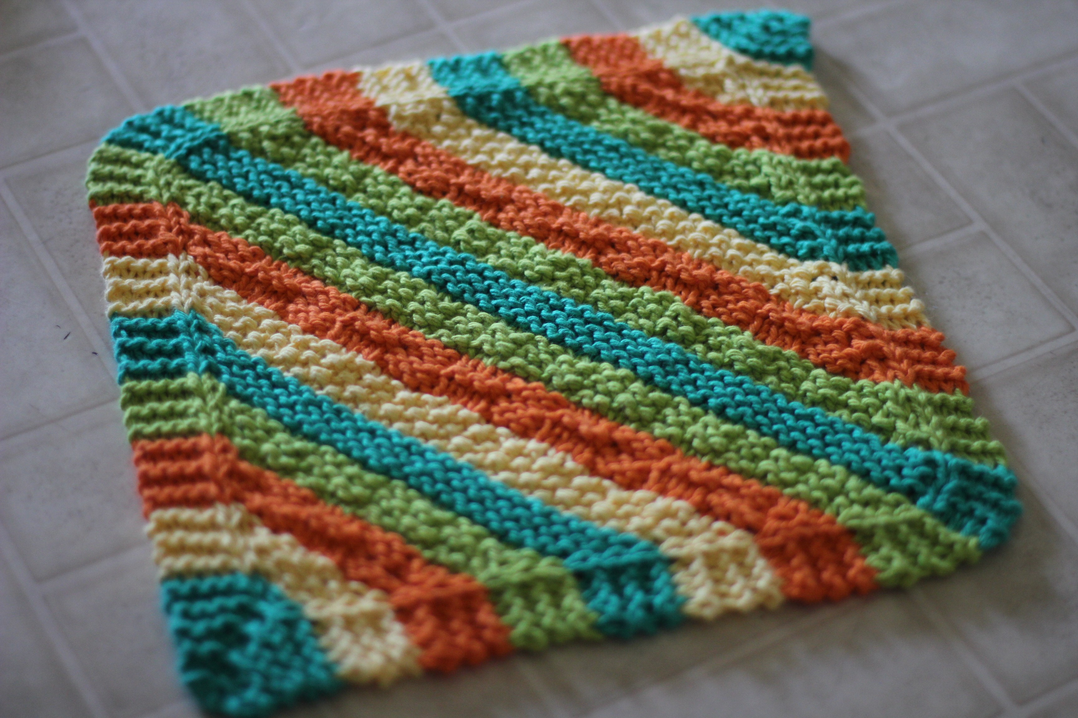 Knitted Chevron Baby Blanket Pattern : Knitted Dishcloth Patterns A Knitting Blog