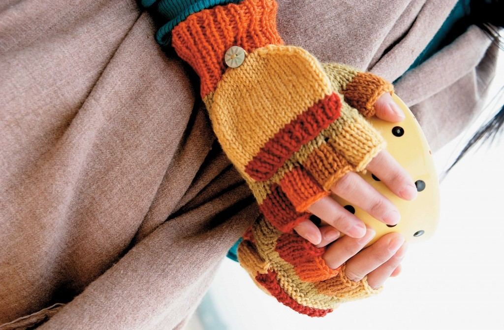 Knitting Pattern For Childrens Gloves With Fingers : Fingerless Gloves Knitting Pattern A Knitting Blog