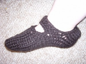 Luvs 2 Knit: Free Slipper Patterns - blogspot.com