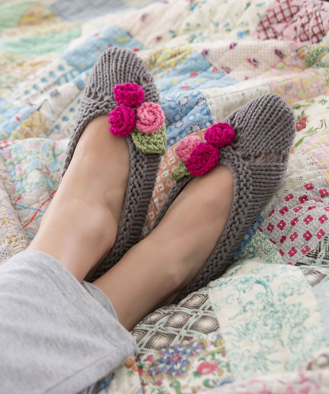 Free Knitting Pattern For Felted Slippers : Knitted Slipper Patterns A Knitting Blog
