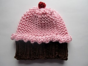 Free Circle Loom Knit Cupcake Hat Pattern Images