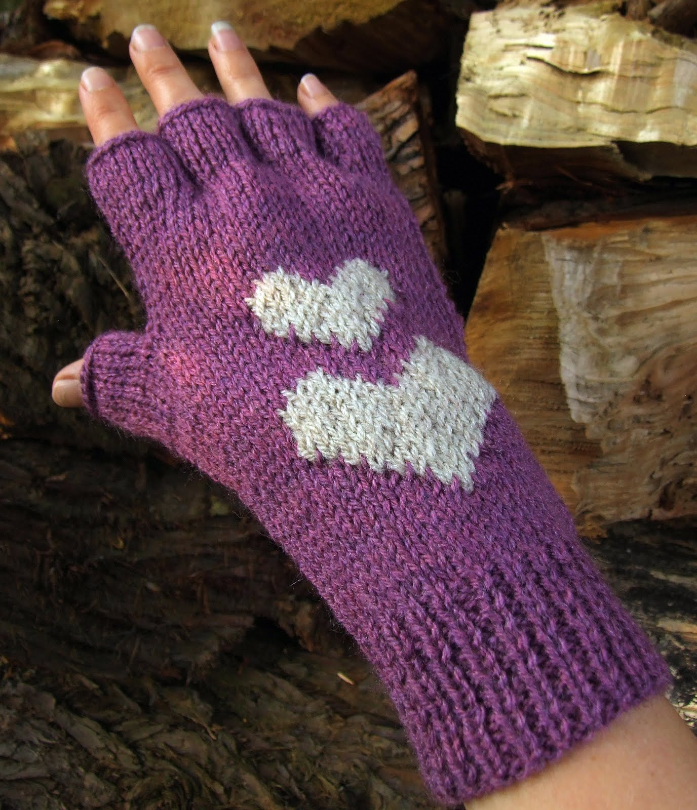 Knitted Glove Patterns : Fingerless Gloves Knitting Pattern A Knitting Blog