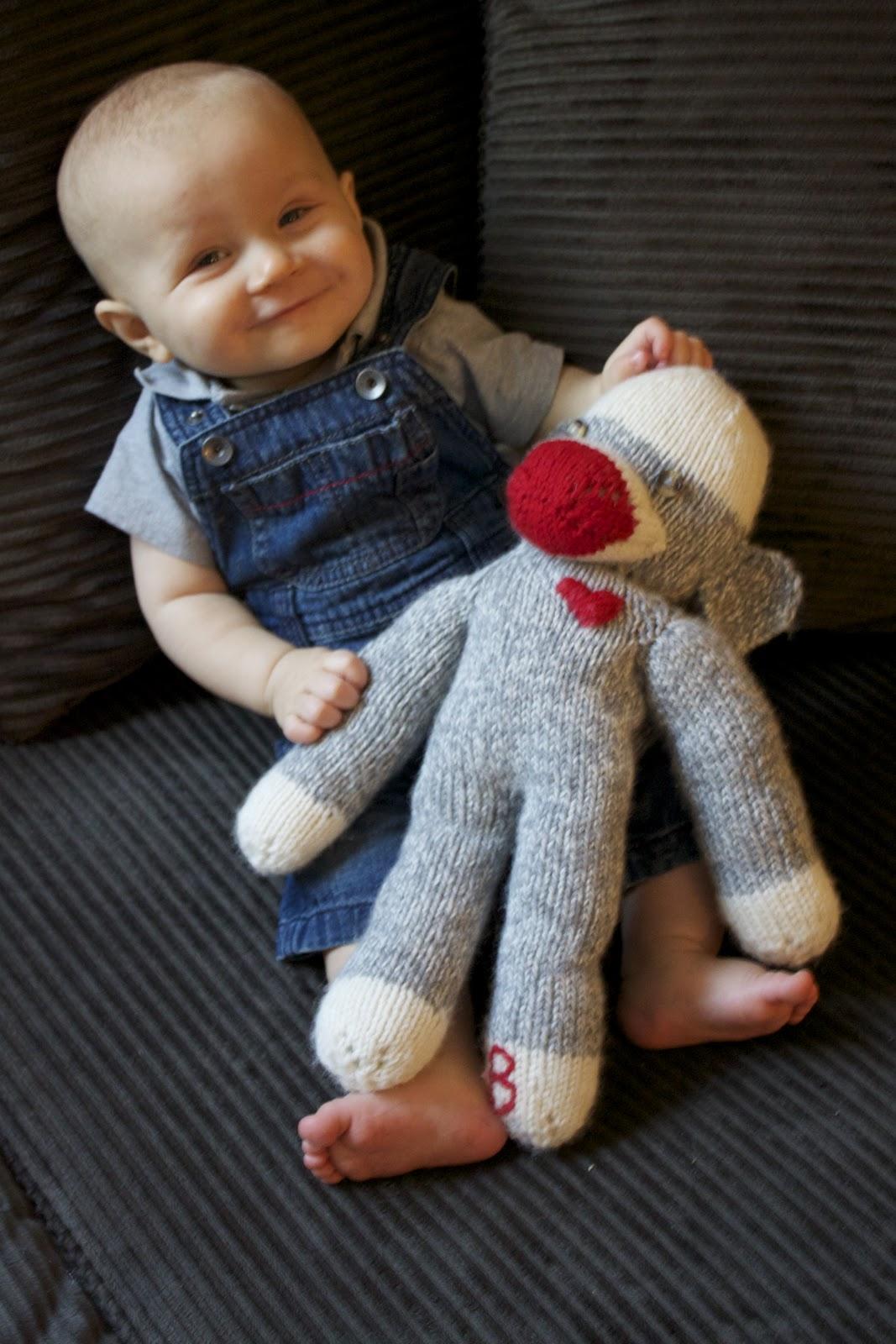 Easy Sock Monkey Knitting Pattern : Sock Monkey Knitting Pattern A Knitting Blog