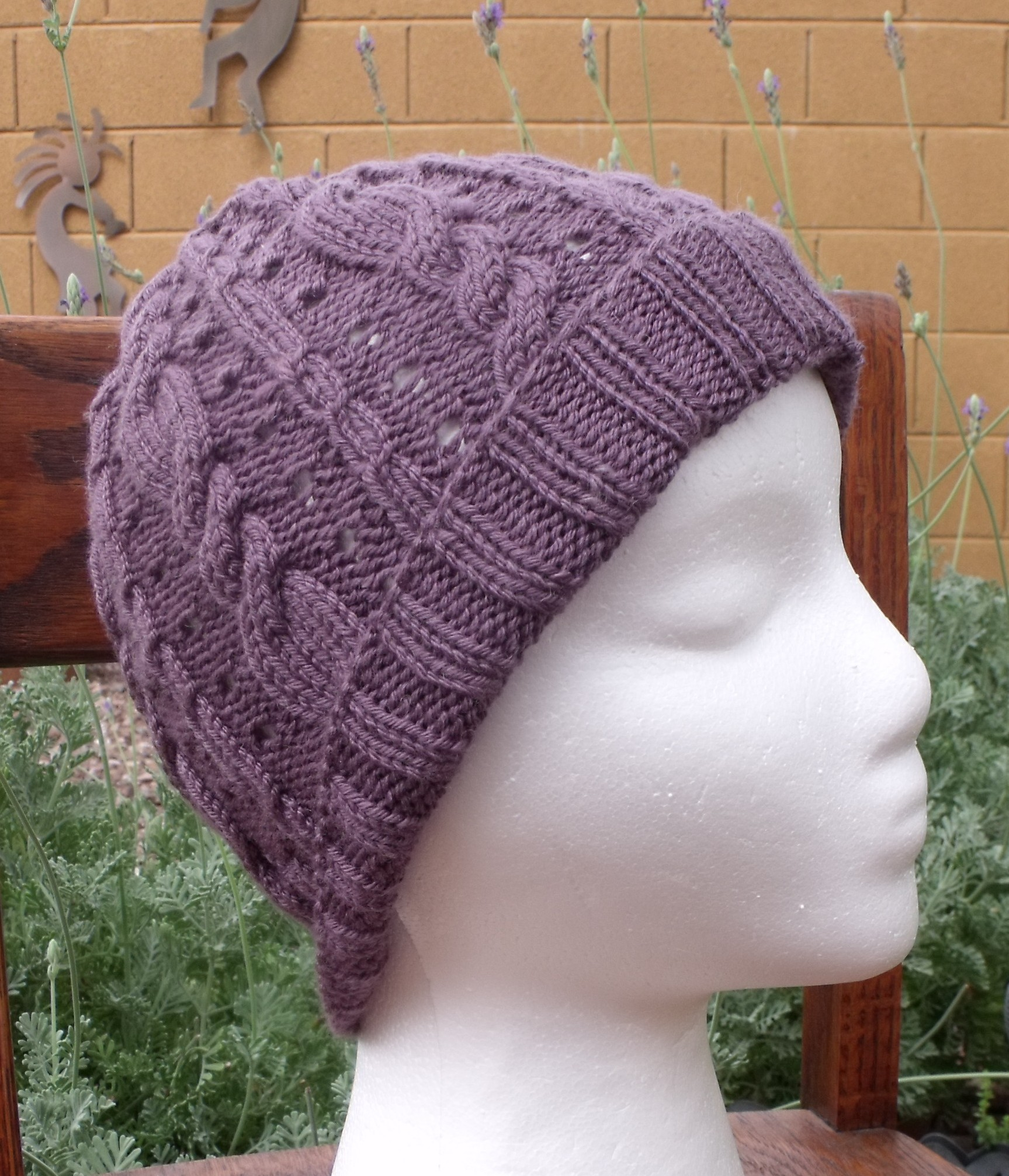 Pattern For Knitting A Hat : Cable Knit Hat Pattern A Knitting Blog