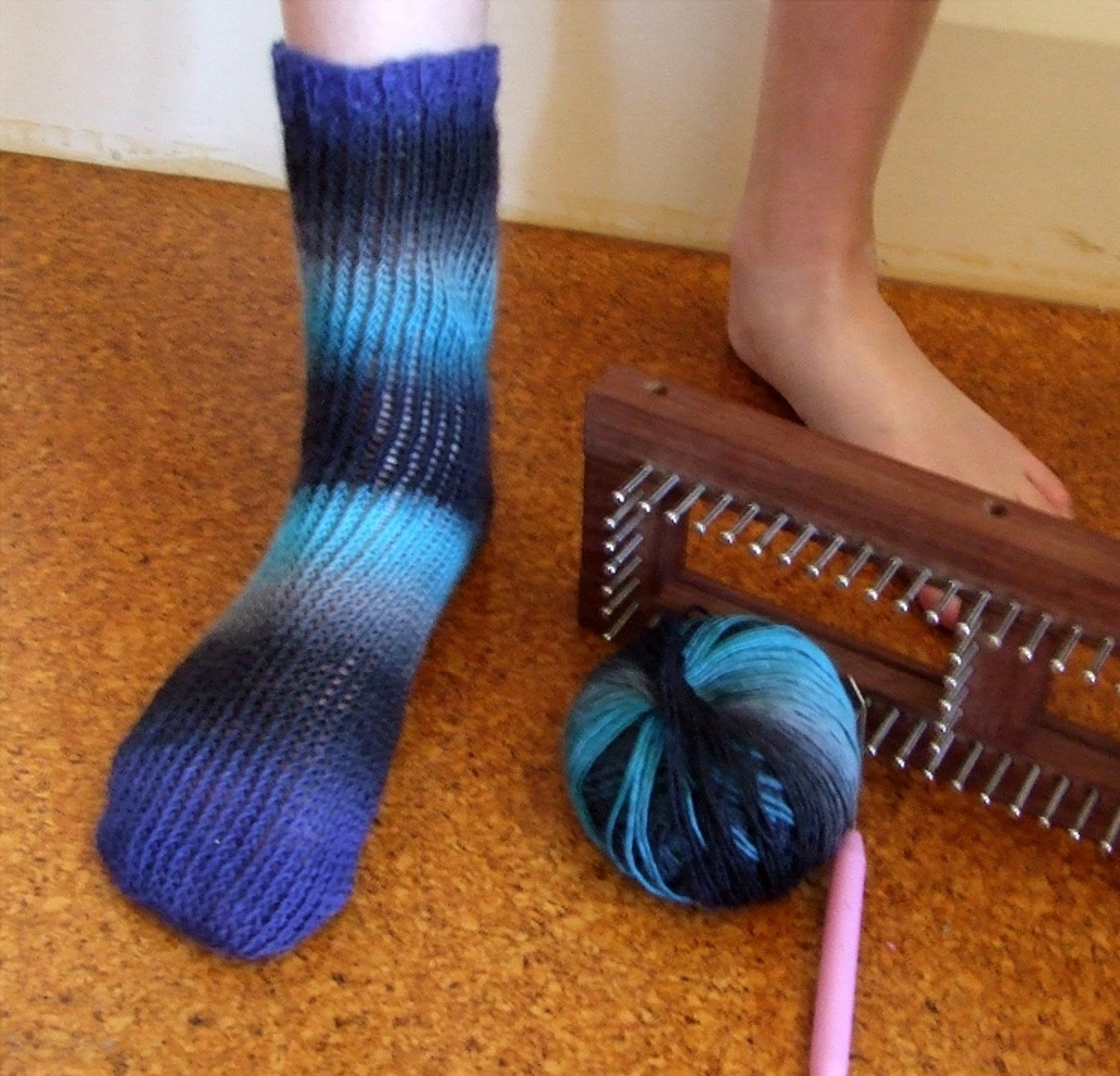Sock Pattern Knitting : Loom Knitting Sock Pattern A Knitting Blog