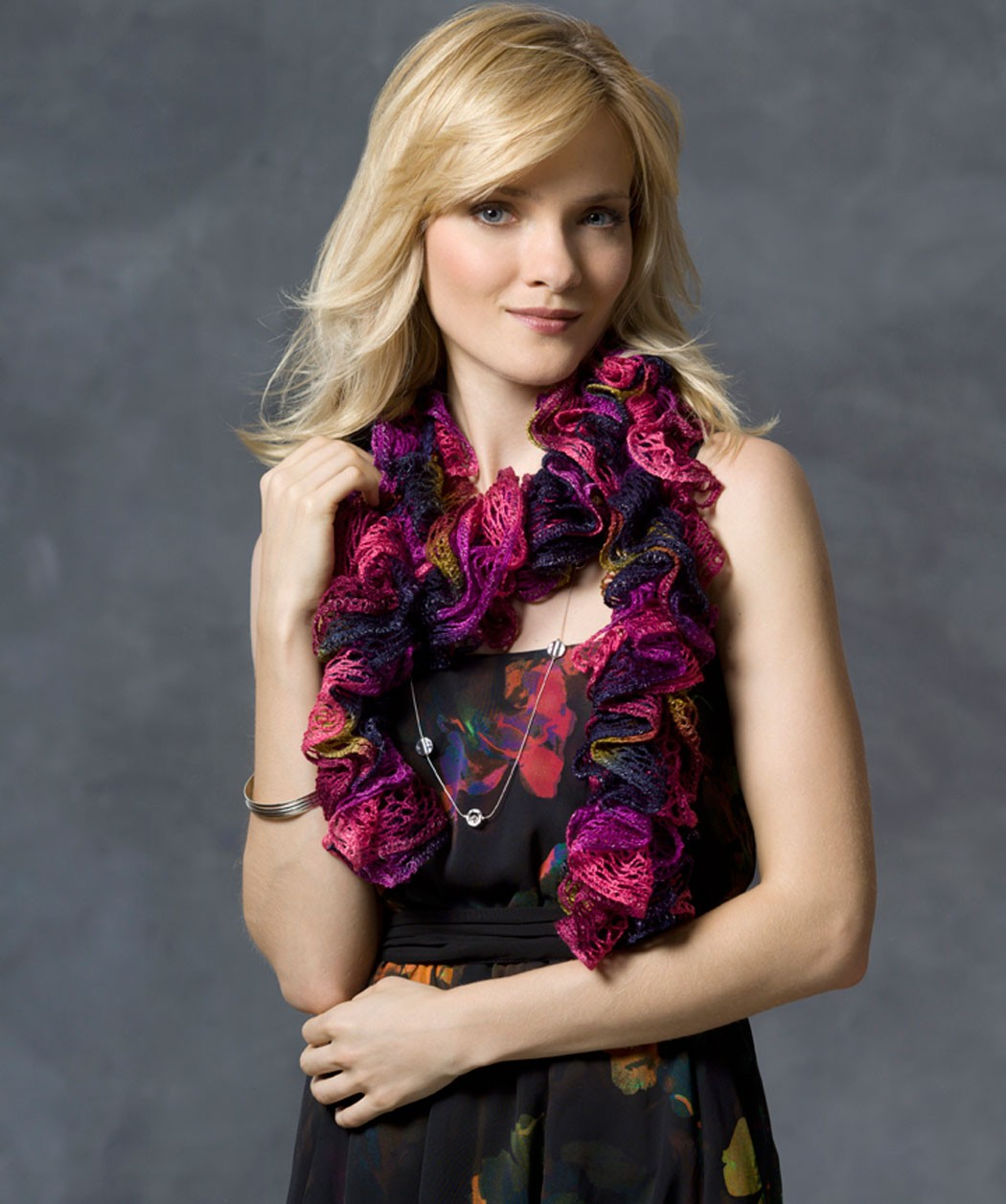 Knitting Pattern For A Ruffle Scarf : Ruffle Scarf Knitting Pattern A Knitting Blog
