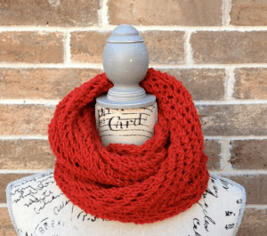 Lacy Infinity Scarf Pattern Picture
