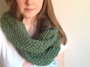 Seed Stitch Infinity Scarf Pictures