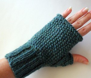 FINGERLESS GLOVES KNITTING PATTERN STRAIGHT NEEDLES ...