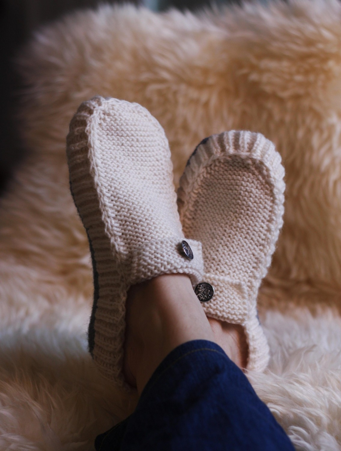 Knit Slippers Pattern Free : Knitted Slipper Patterns A Knitting Blog