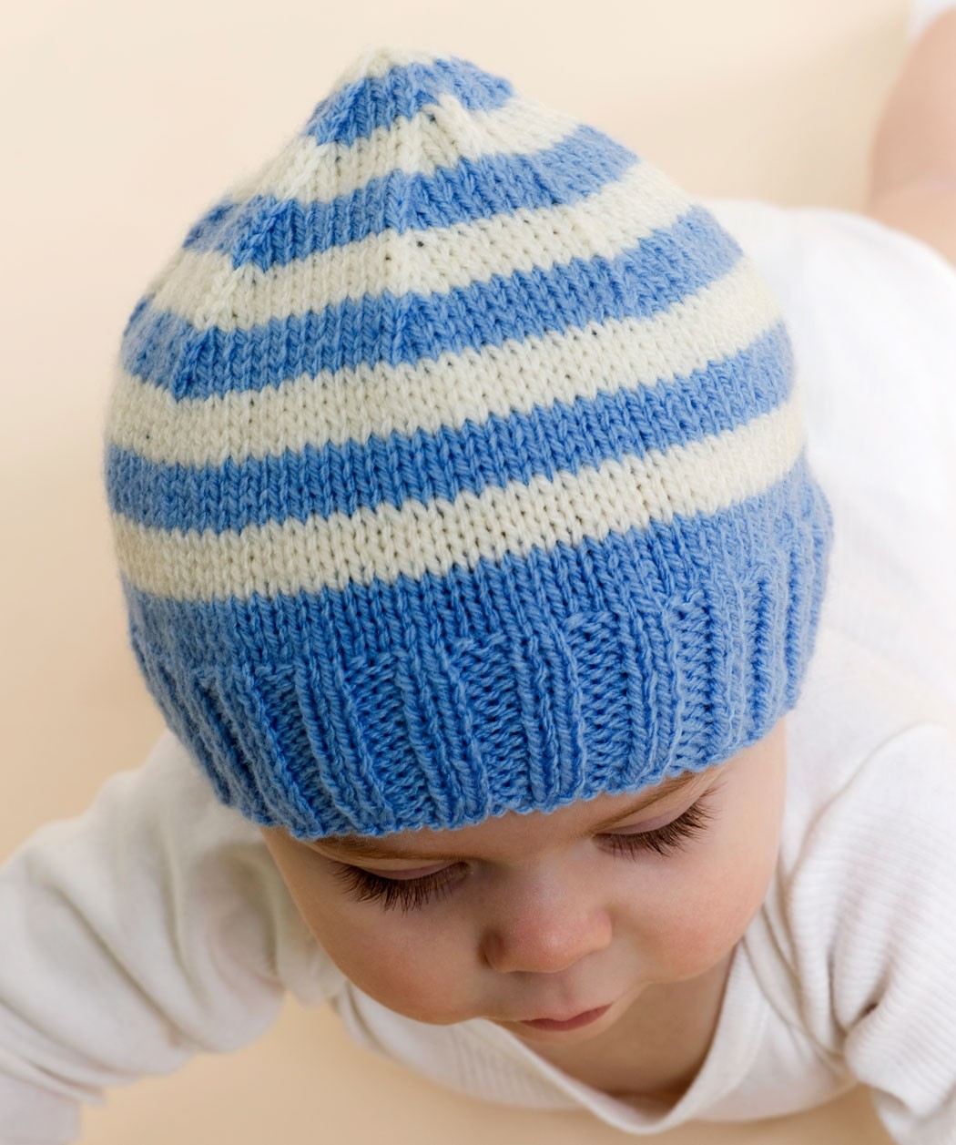 Free Knitting Pattern For Baby Hats : Baby Hat Knitting Pattern