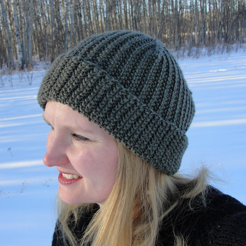 Pattern For Knitting A Hat : Knit Hat Patterns for Women A Knitting Blog