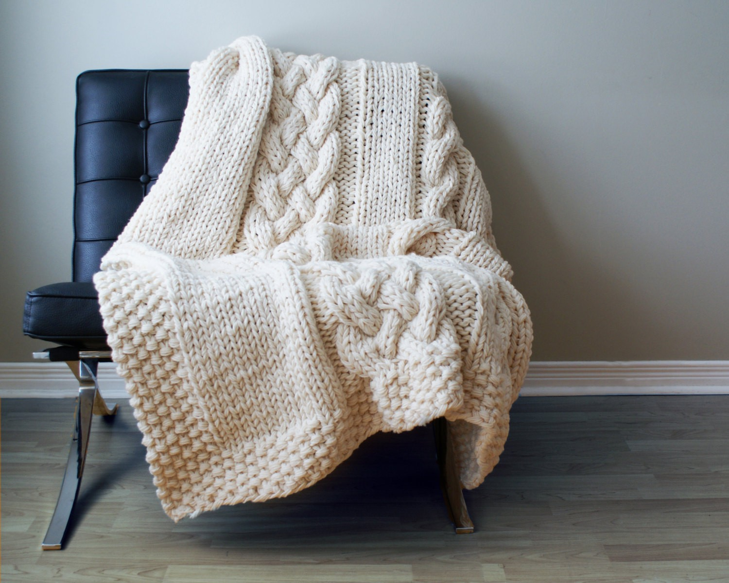 Knitting Blankets : Chunky knit blanket pattern a knitting