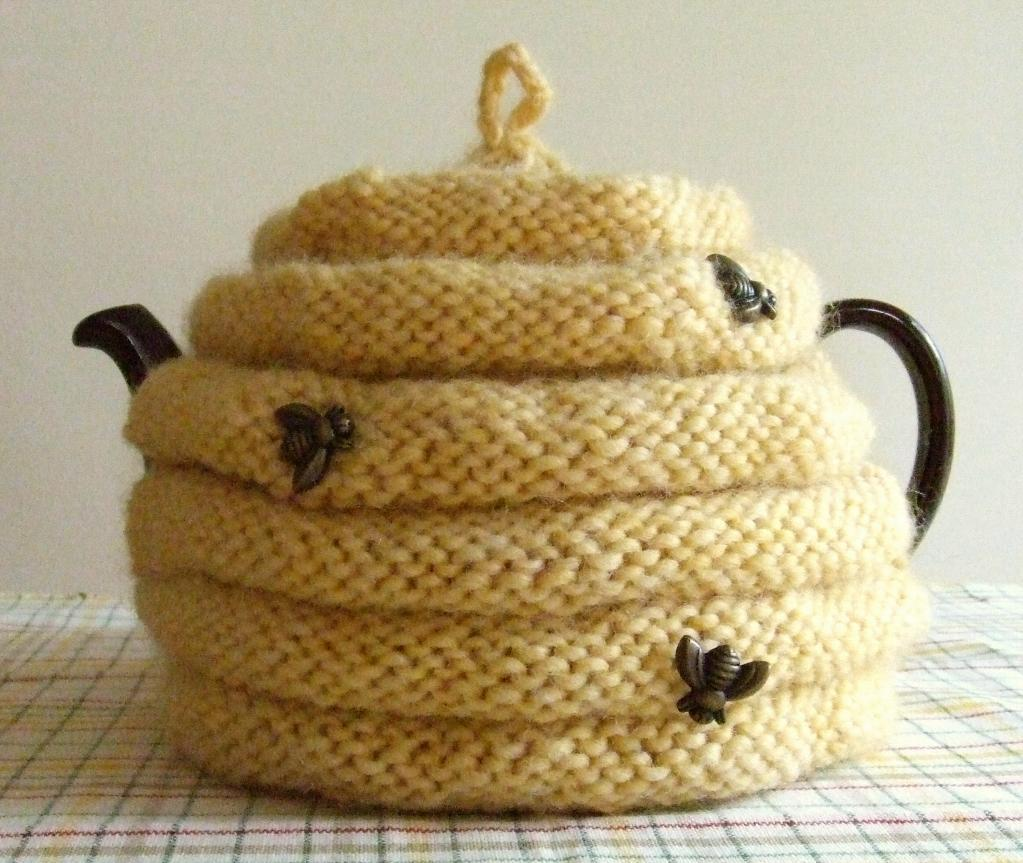 Knitted Teapot Cosy Patterns : Tea Cozy Knitting Pattern A Knitting Blog
