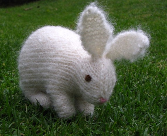 Knitted Rabbit Pattern : Knitted Animal Patterns A Knitting Blog