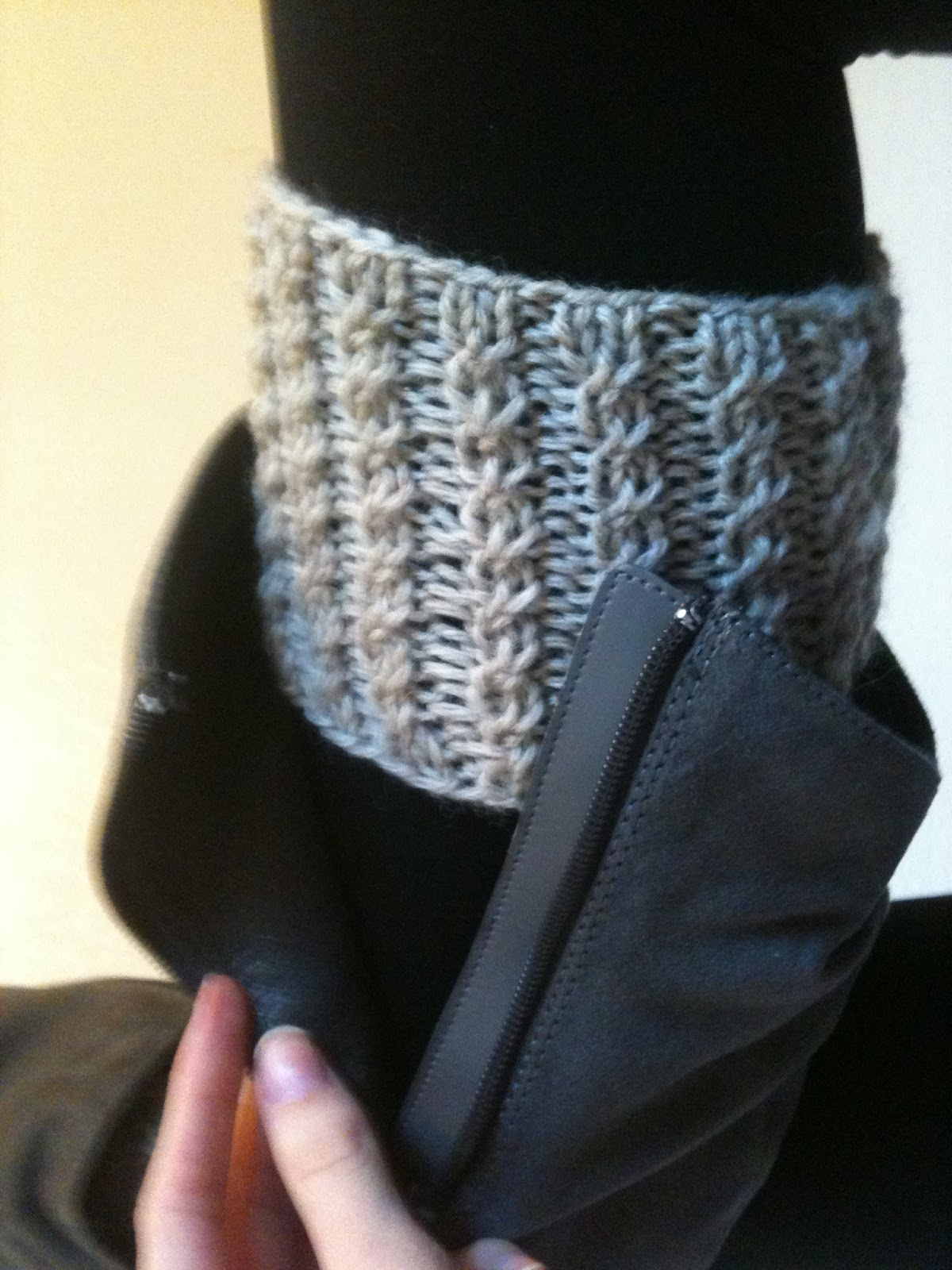 Knitting Patterns Free Boot Cuffs : Boot Cuff Knitting Pattern A Knitting Blog
