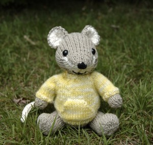 Pictures of Pocket Mouse Knitting Pattern