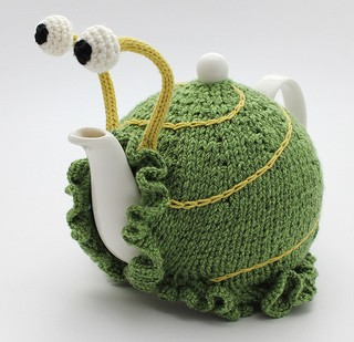 How To Knit A Tea Cosy Free Pattern : Tea Cozy Knitting Pattern A Knitting Blog