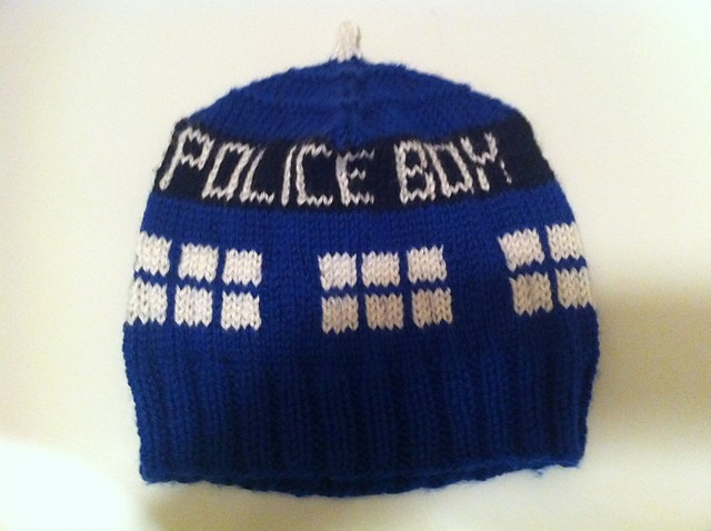 Free Crochet Pattern Tardis Hat : Doctor Who Knitting Pattern A Knitting Blog