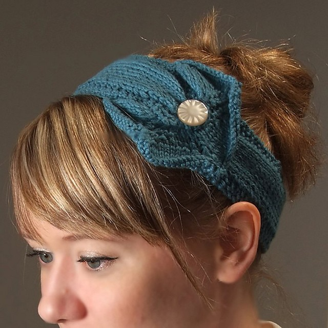 Knitted Headbands Pattern : Knit Headband Patterns with Button A Knitting Blog