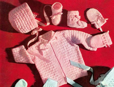 Knitted Baby Clothes Set Pattern Picture