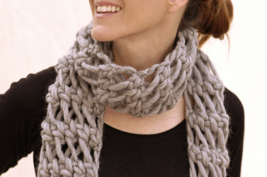 Free Knitting Pattern Chunky Cable Scarf : Loose-Knit Scarf Pattern A Knitting Blog