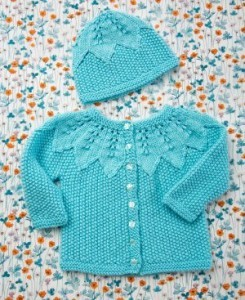 Photos of Seed Stitch Baby Set Clothes Knit Pattern