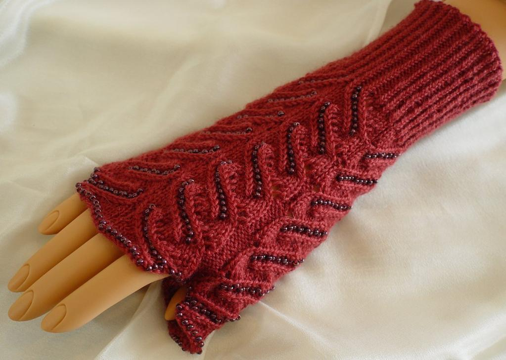 Knitting With Beads Instructions : Patterns for knitting with beads a