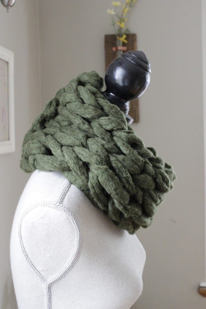 Arm Knitting Infinity Scarf : Arm knitting scarf patterns a